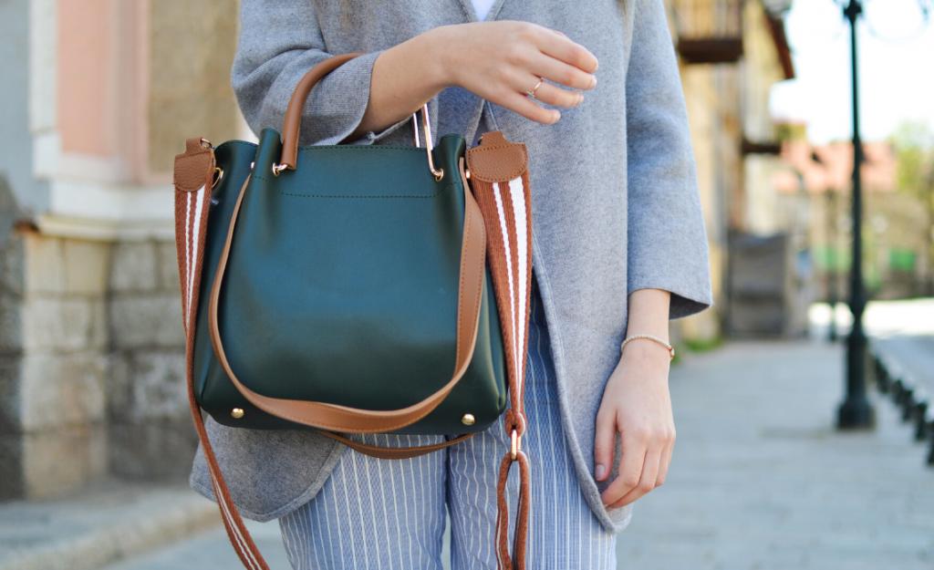 cose da mettere in borsa donna foulard
